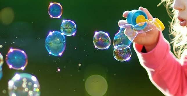 Cara membuat gelembung sabun